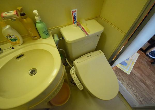 <p>トイレ</p>